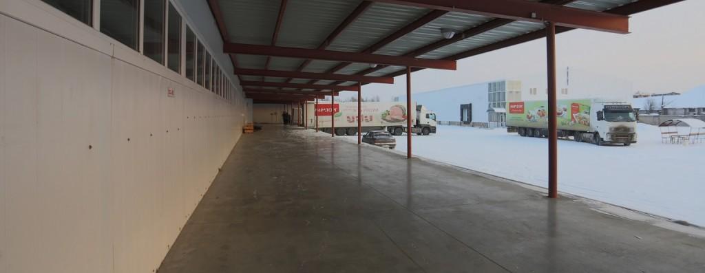 Аквилон Вологда - пандус у холодильных и морозильных складов